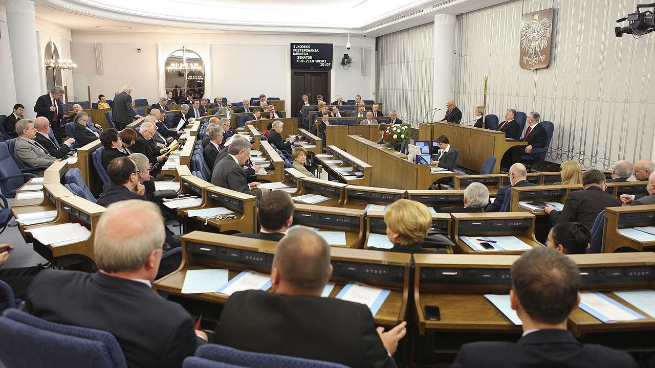 Senat Rzeczypospolitej Polskiej. Fot. www.wikipedia.org / Michał Józefaciuk