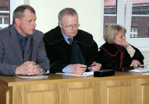 Sąd uchylił wyrok w sprawie śmierci w Lokomotywie