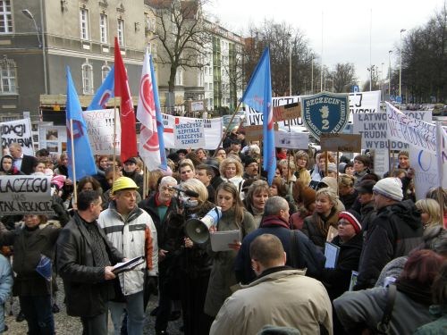 Protestowali przed magistratem