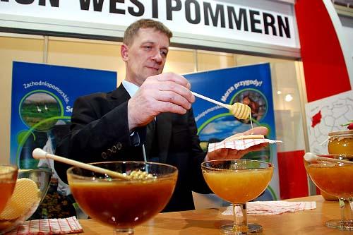 """Dziś oficjalnie, a jutro dla zwiedzających otwarte zostaną Międzynarodowe Targi Rolne """"Grüne Woche"""" w Berlinie. Fot. Łukasz Szełemej [PR Szczecin/Archiwum]"""