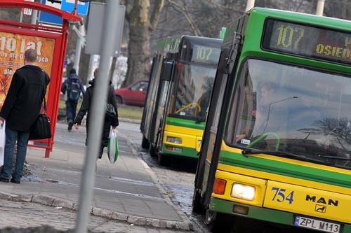 Autobusowy pat na trasie Szczecin-Police