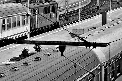 Sobotni poranny pociąg do Warszawy wyjedzie ze Szczecina trzy godziny wcześniej, tak by wszyscy podróżni zdążyli na uroczystości żałobne. Fot. Łukasz Szełemej [PR Szczecin]