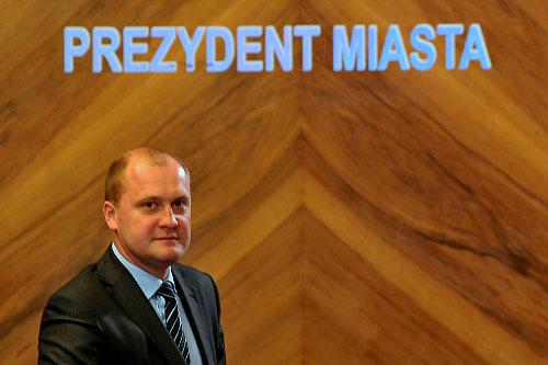 Czy prezydent Piotr Krzystek utracił większość w Radzie Miasta?