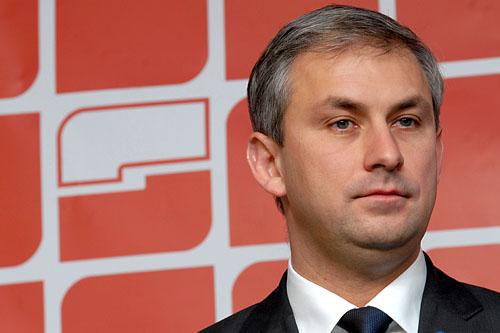 Napieralski: Ograniczyć wydatki na kampanię