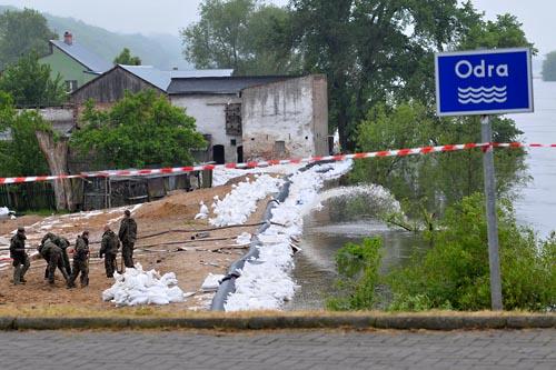 Sytuacja powodziowa w regionie (WIDEO)