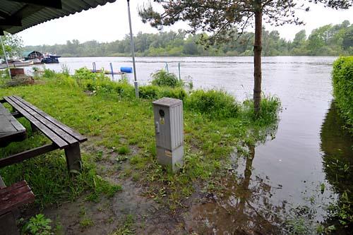 Woda w Odrze opada