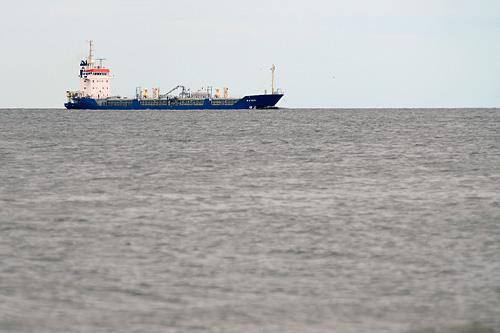 Jak przekonuje prezes zespołu portowego Jarosław Siergiej - do Świnoujścia nie mogłyby wpływać statki o największym zanurzeniu, jakie pływają po Bałtyku. Fot. Łukasz Szełemej [PR Szczecin]