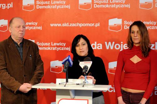"""Przyjęcia """"europejskiej karty równości kobiet i mężczyzn w życiu lokalnym"""" domagają się przedstawiciele SLD w sejmiku zachodniopomorskim. Fot. Miłosz Gocłowski [PR Szczecin]"""