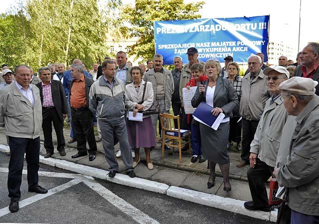 Protest przed siedzibą Zarządu Morskich Portów Szczecin - Świnoujście [ZDJĘCIA]