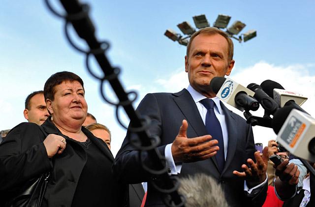 Płoty: Premier obiecuje kasę [WIDEO, ZDJĘCIA]