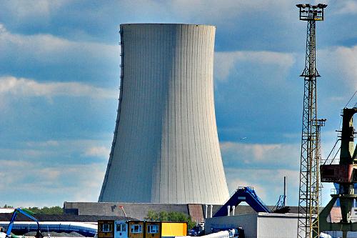 Niemcy przeciwni elektrowniom atomowym w Polsce