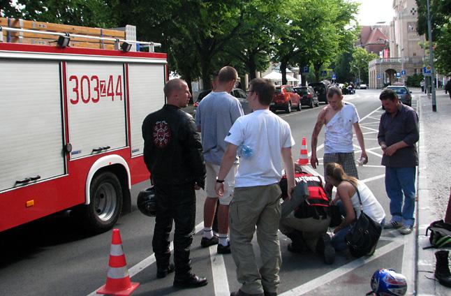 Motocykliści pokazywali jak udzielić pierwszej pomocy