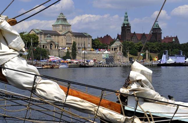 Najmłodszy polski żaglowiec czeka na turystów