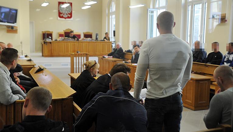 Oskarżeni o ustawkę nie przyszli na rozprawę