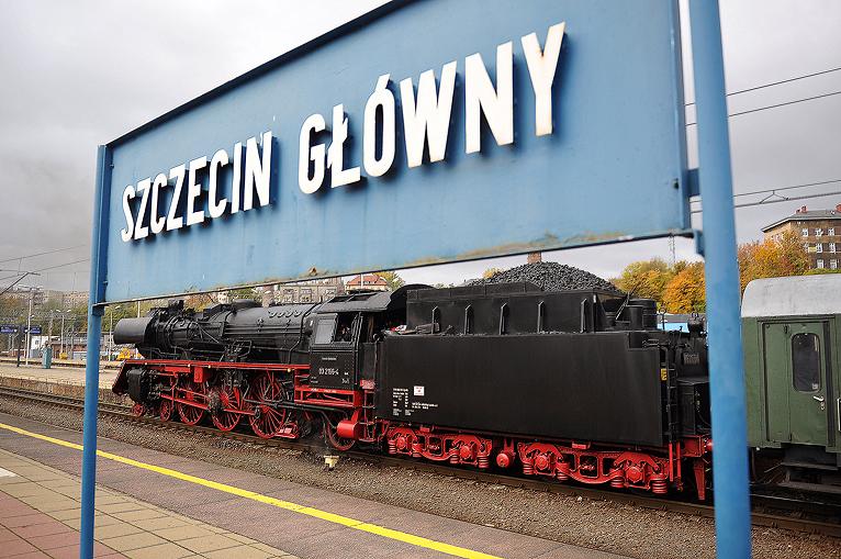 Stoi na stacji lokomotywa ... z 1934 roku [ZDJĘCIA, WIDEO]