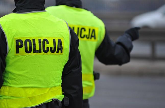 Weekend na drogach: w Trzebuszu zginął kierowca quada, w Szczecinie kraksa trzech aut