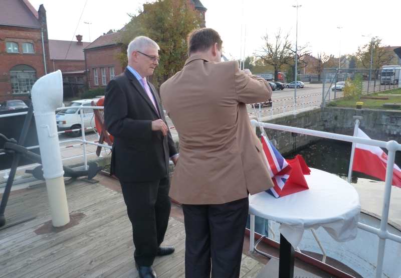 Bembridge już pod dwiema banderami