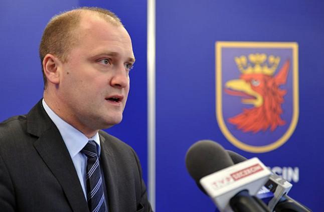 Krzystek kontra Krystek. Prezydent Szczecina odpowiada koalicjantowi