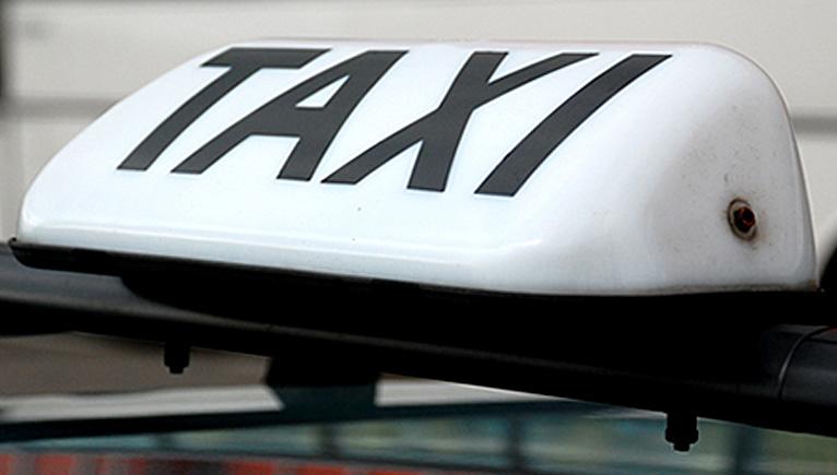 Taksówkarz musi znać miasto? Urzędnicy pytają mieszkańców
