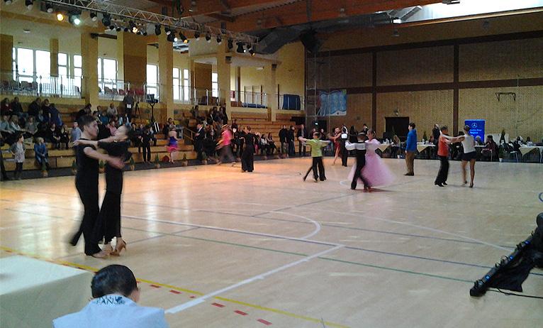 Fokstrot i salsa w Szczecinie. Trwa turniej tańca