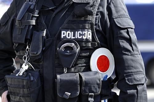 Policjanci z Tarnowskich Gór zatrzymali kierowcę podejrzanego o śmiertelne potrącenie 13-letniego chłopca. Fot. Łukasz Szełemej [Radio Szczecin]