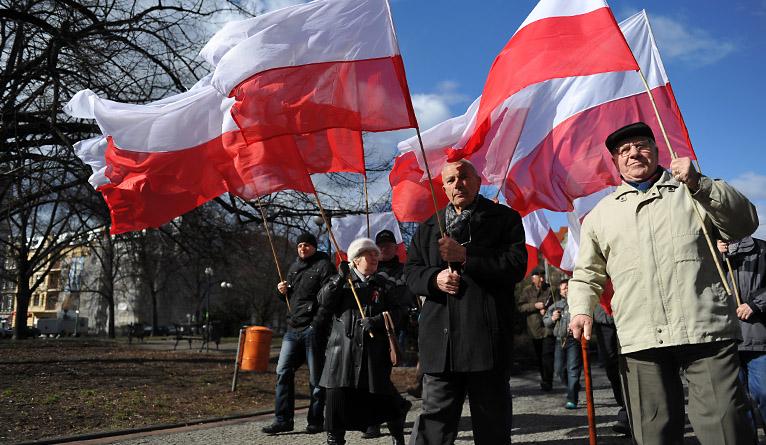 Polacy i Węgrzy wspierają Ukraińców