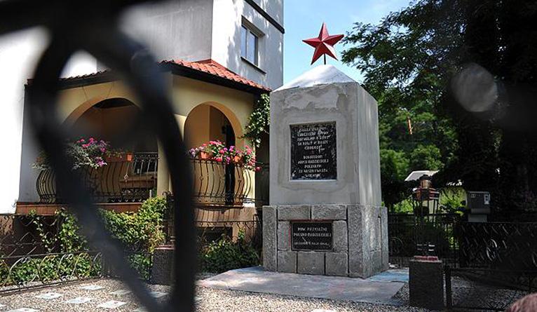 Burmistrz Goleniowa chce usunąć pamiątki po czasach komunizmu