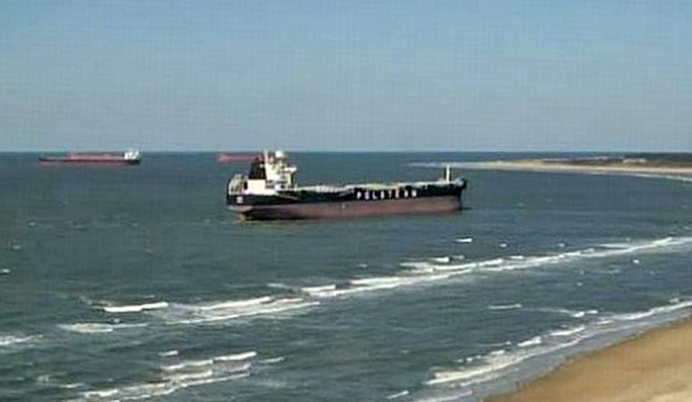 Polski statek ściągnięty z mielizny może płynąć dalej