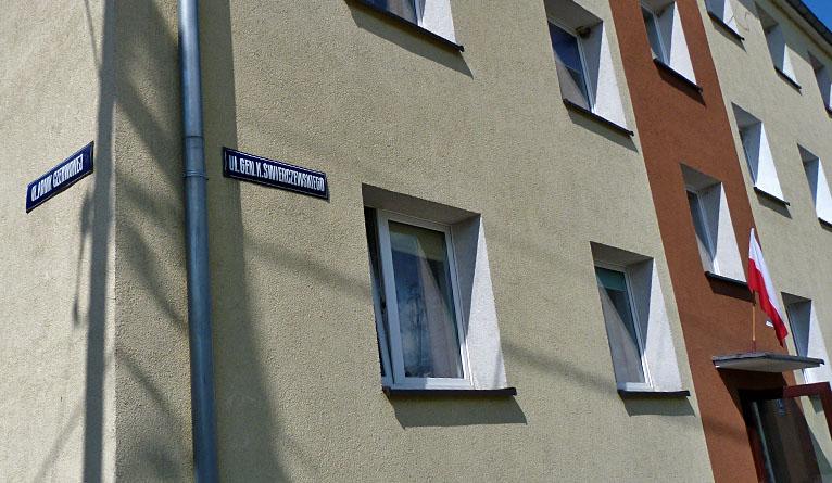 Mieszkają przy ulicy Armii Czerwonej i nie chcą innej nazwy