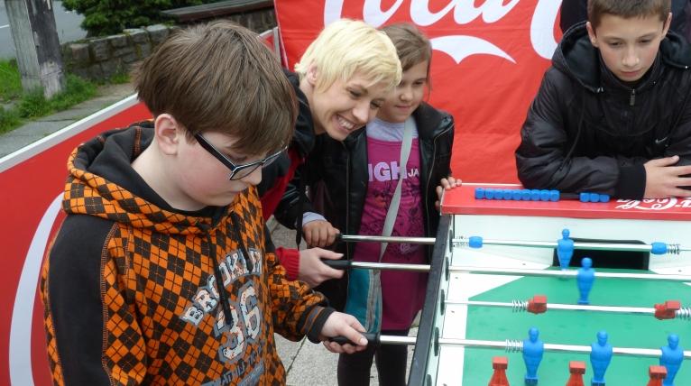 Młodzi piłkarze walczą o medale, puchary i awans do wielkiego finału