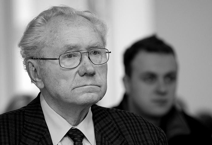"""Nie żyje legendarny założyciel Teatru Lalek """"Pleciuga"""""""