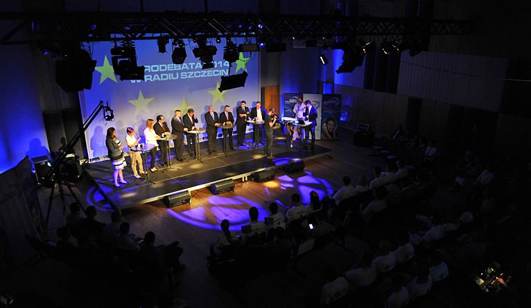 W czwartek wieczorem w studiu S1 Radia Szczecin odbyła się debata przed wyborami do europarlamentu. Fot. Łukasz Szełemej [Radio Szczecin]
