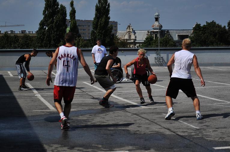 W Szczecinie w kosza grają 25 metrów nad ziemią [ZDJĘCIA, WIDEO]