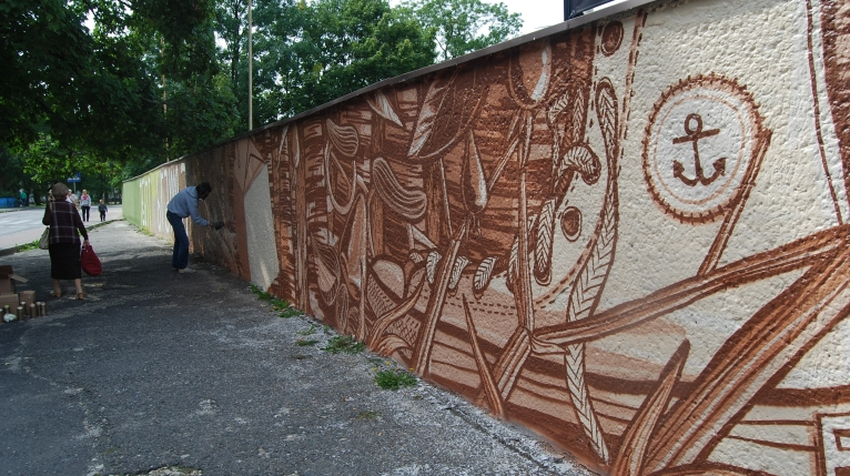 Gigantyczny mural w Goleniowie. Tworzą go artyści z Niemiec