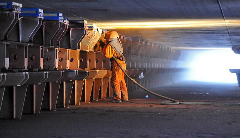 Minister: Budowa statku ratowniczego dla MW w tym roku