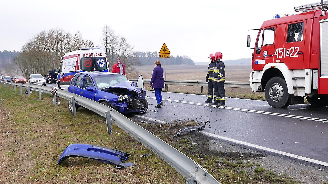 Groźny wypadek na drodze krajowej numer 31 [ZDJĘCIA, WIDEO]