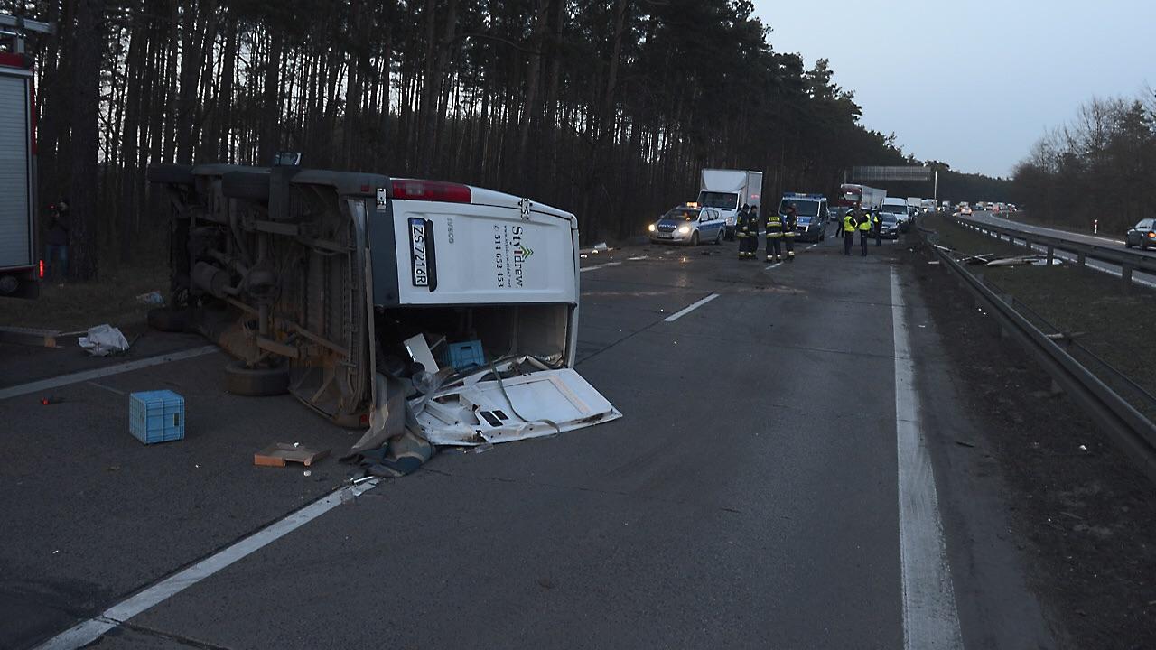 Droga S3 w kierunku Szczecina zablokowana [ZDJĘCIA, WIDEO]