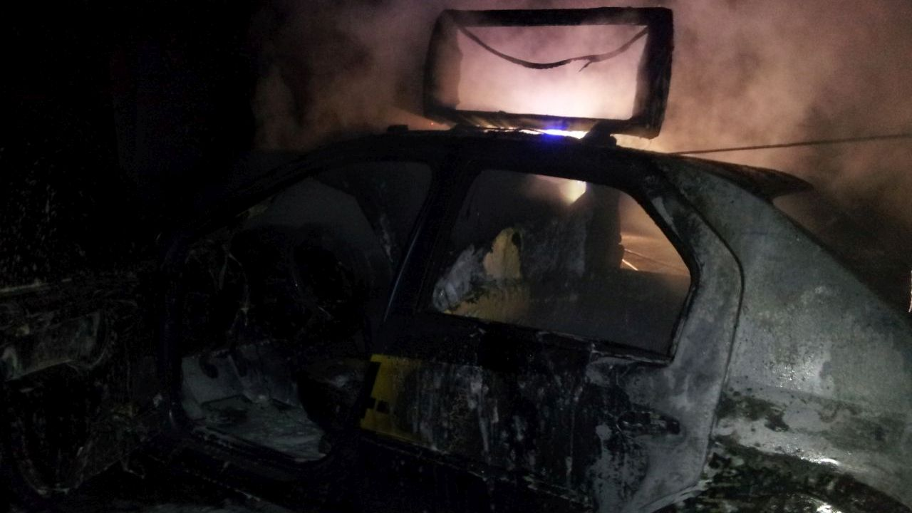 Kolejny samochód spłonął przy Budziszyńskiej w Szczecinie [ZDJĘCIA, WIDEO]