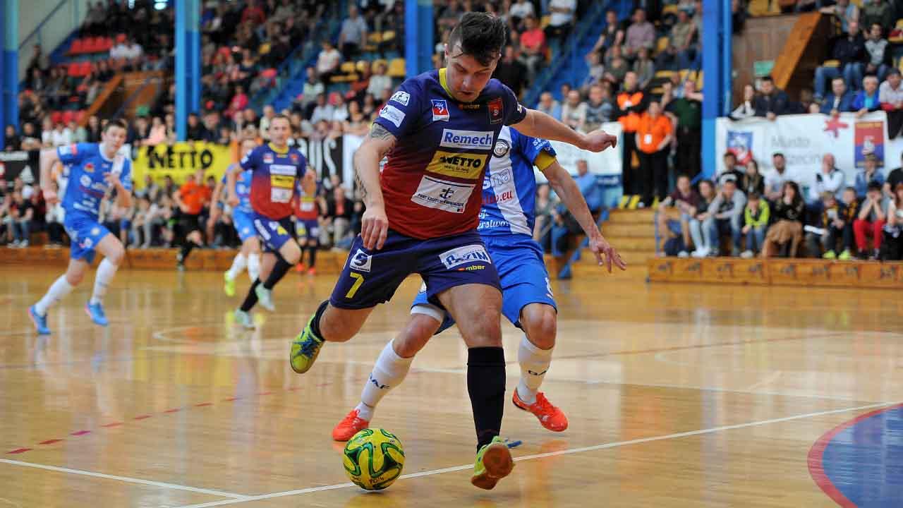 Wicemistrzowie Polski żegnają się z ekstraklasą futsalu [ZDJĘCIA]