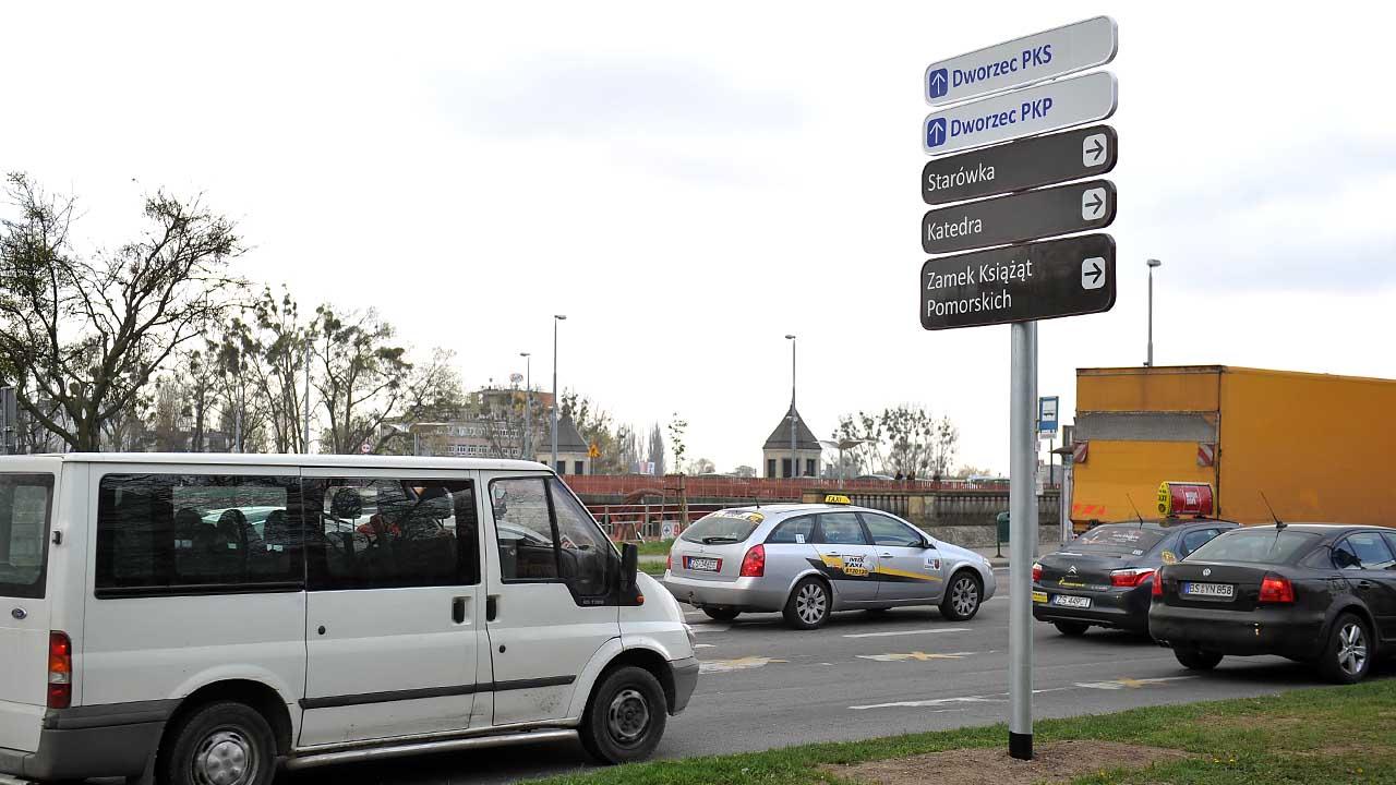 Mieszkańcy krytykują tablice z oznakowaniem turystycznym