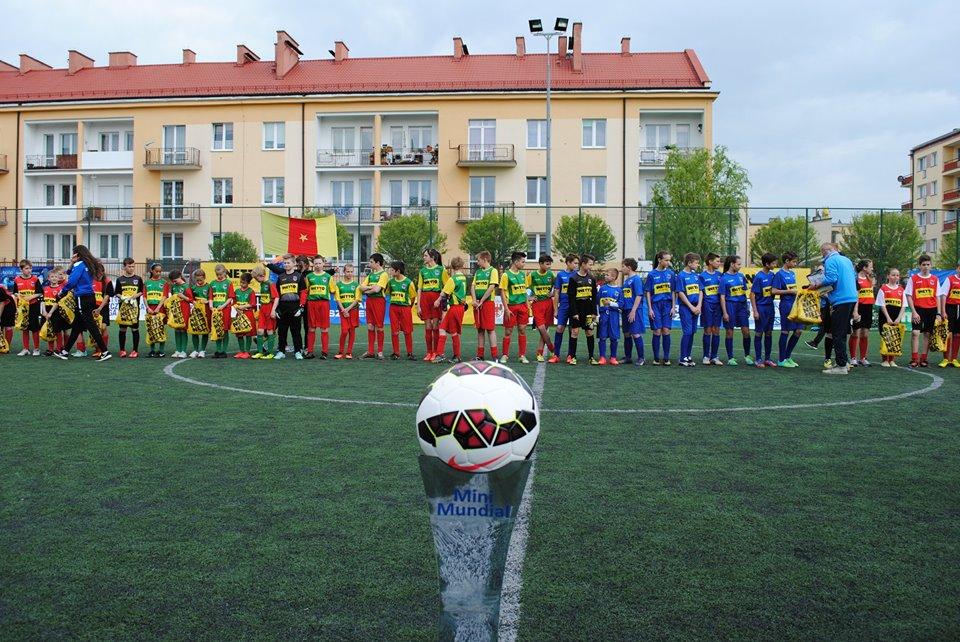 Uczniowie z Choszczna wygrywają eliminacje Mini Mundialu