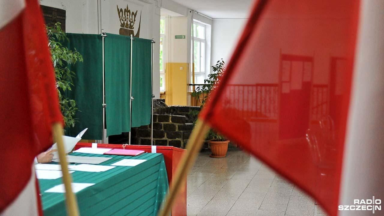 """Wyniki wyborów są sporym zaskoczeniem. Dyskusja w """"Radio Szczecin na Wieczór"""""""