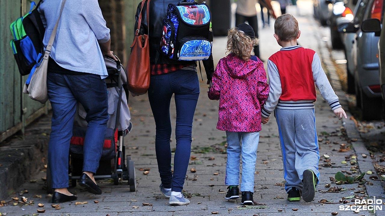 Dzieci będą musiały pójść do szkoły dopiero w wieku siedmiu lat, chyba że rodzice zdecydują inaczej. Fot. Łukasz Szełemej [Radio Szczecin]