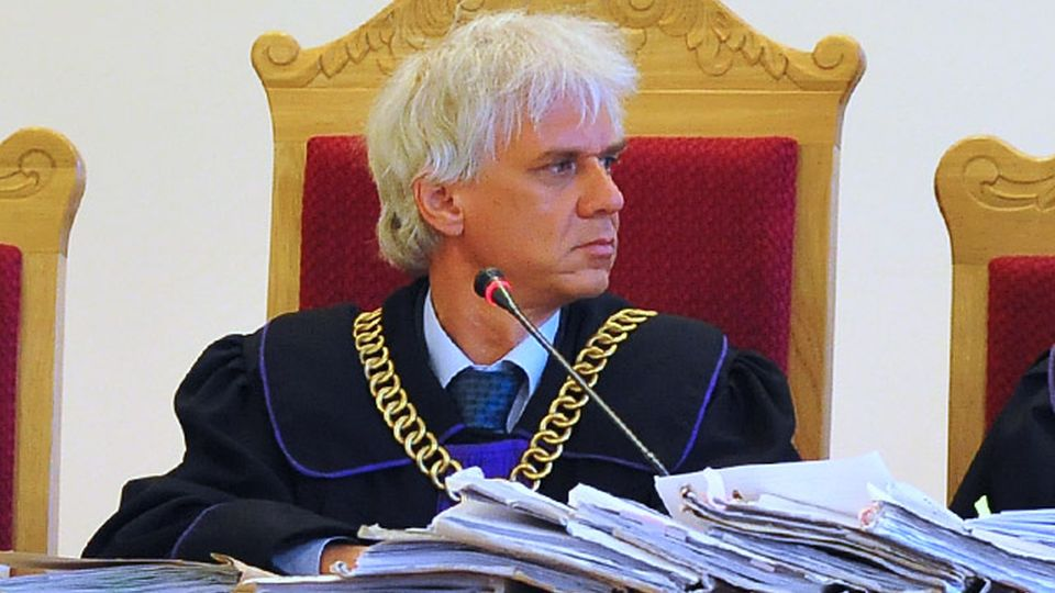 Strączyński: Nowelizacja ustawy o Trybunale sparaliżuje jego pracę