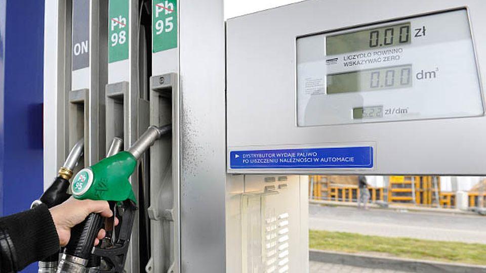 RSnW: Lepsze drogi za droższe paliwo